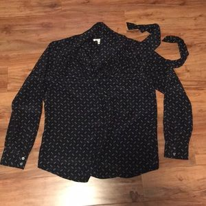 Banana Republic button down silk blouse with tie